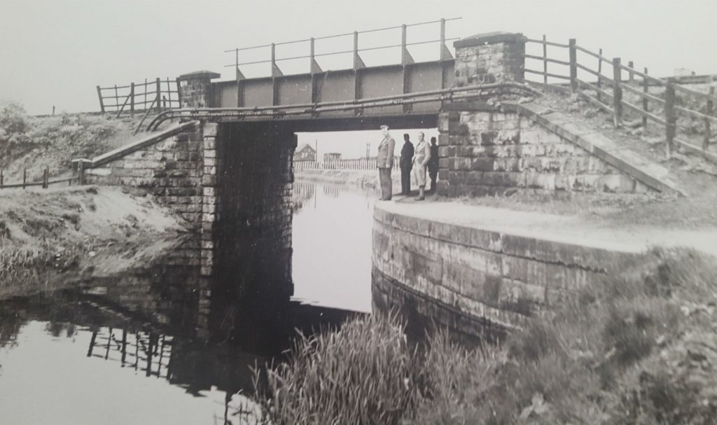 Barnsley to Doncaster Railway Bridge over Canal at Stairfoot