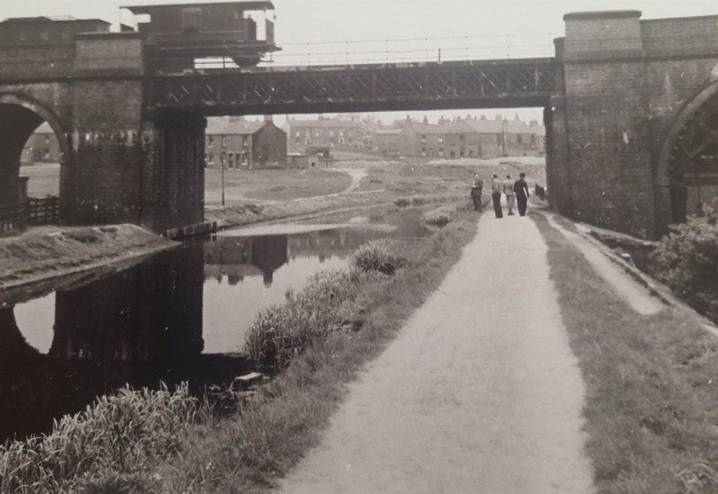 Rail Bridge over Canal at Stairfoot